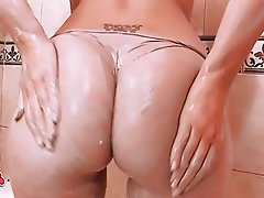Big Boobs, Big Butts, Blonde, Shower